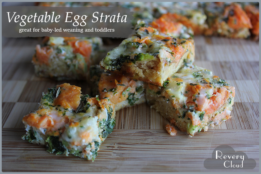Vegetable Egg Strata Recipe (A great recipe for Toddlers & BLW) || www.reverycloud.com